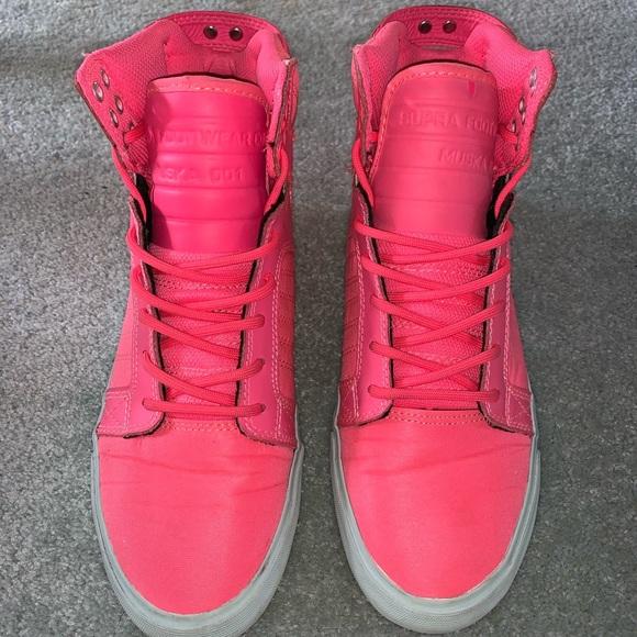 Supra Hightop Sneakers